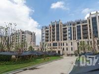 出售凤凰城10楼,137.7平,三室二厅二卫,毛坯,3月满2年,有钥匙
