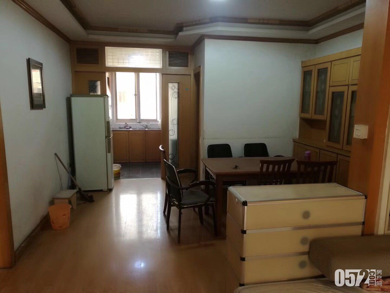 出租东白鱼潭4楼,二室,中装,家电齐全,带自行车库