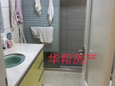 太湖阳光假日桂雨居 四室精装修 家具家电齐全 满2年 位置优越