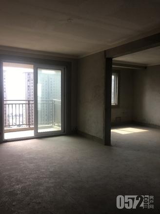 出售公园一号2室1厅1卫88.44平米84万住宅