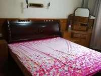 出租凤凰二村2室2厅1卫73平米2000元/月住宅