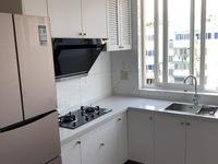 2347 青阳小区5楼带顶 五室两厅两卫 全新品味装修 拎包入住