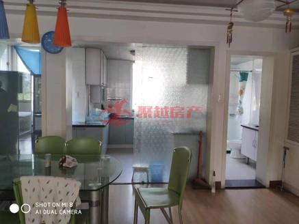 碧波苑三室两厅两名为装修良好出售