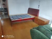 市陌小区两室半一厅拎包入住1400